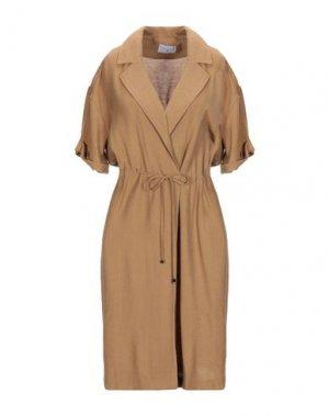Легкое пальто COMPAÑIA FANTASTICA. Цвет: верблюжий