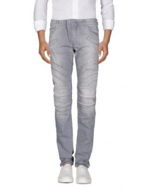 Джинсовые брюки PIERRE BALMAIN. Цвет: серый