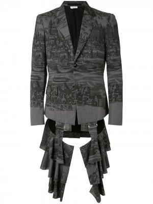 Пиджак с оборками Comme Des Garçons Homme Plus. Цвет: серый
