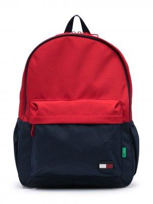 Рюкзак с вышитым логотипом Tommy Hilfiger Junior. Цвет: синий