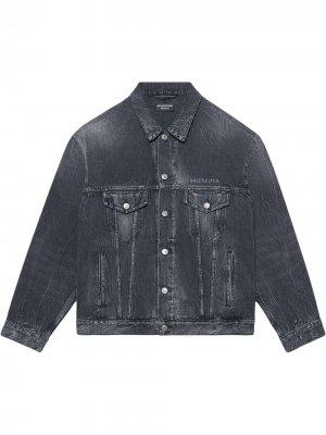 Джинсовая куртка с принтом Balenciaga. Цвет: черный
