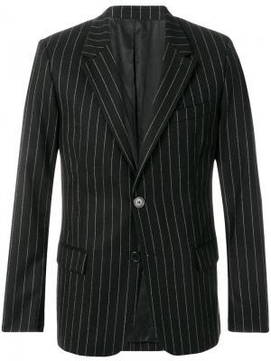 Пиджак на двух пуговицах AMI. Цвет: черный