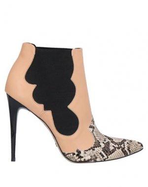 Полусапоги и высокие ботинки CECCONELLO. Цвет: бежевый