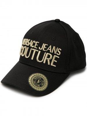 Бейсболка с вышитым логотипом Versace Jeans Couture. Цвет: черный