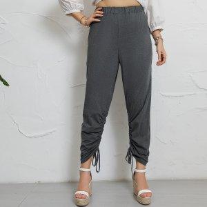 Зауженные брюки размера плюс на кулиске со сборкой SHEIN. Цвет: темно-серый