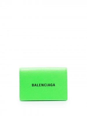 Мини-кошелек Cash с логотипом Balenciaga. Цвет: зеленый