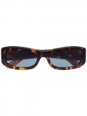 Солнцезащитные очки в прямоугольной оправе Port Tanger. Цвет: коричневый