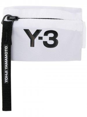 Кошелек на молнии с логотипом Y-3. Цвет: белый