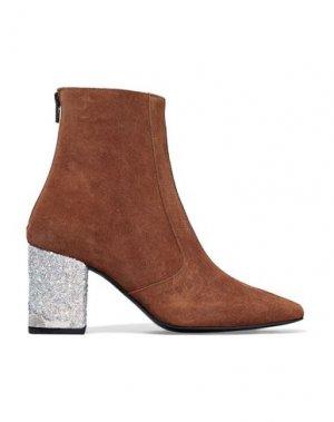 Полусапоги и высокие ботинки TOGA PULLA. Цвет: коричневый