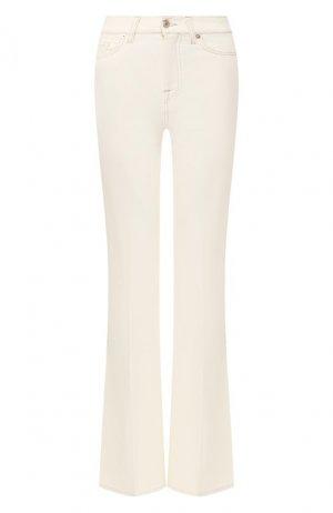 Расклешенные джинсы 7 For All Mankind. Цвет: белый