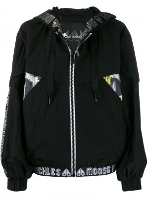Куртка-бомбер с логотипом на поясе Moose Knuckles. Цвет: черный