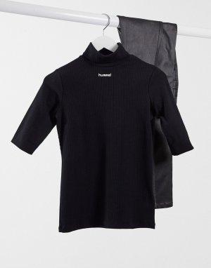 Черная футболка с воротником-поло и логотипом по центру -Черный Hummel