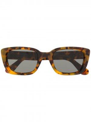 Солнцезащитные очки Lira в оправе черепаховой расцветки Retrosuperfuture. Цвет: коричневый