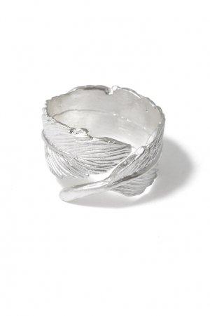 Серебристое кольцо-перо Aqua. Цвет: серебряный