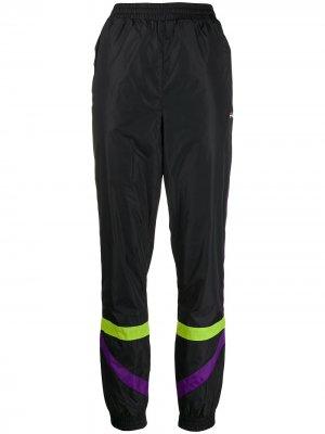 Спортивные брюки с завышенной талией и полосками Fila. Цвет: черный