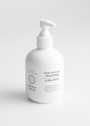 Мыло для рук Perle de Coco &Other Stories. Цвет: белый