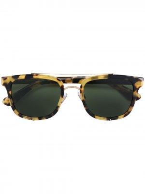 Солнцезащитные очки с квадратной оправой Dolce & Gabbana Eyewear. Цвет: золотистый