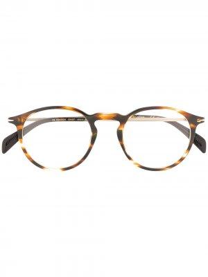 Солнцезащитные очки в оправе черепаховой расцветки DAVID BECKHAM EYEWEAR. Цвет: коричневый
