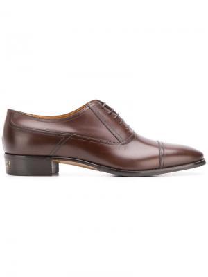 Оксфорды на шнуровке Gucci. Цвет: коричневый