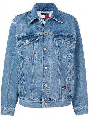 Укороченная джинсовая куртка Tommy Jeans. Цвет: синий