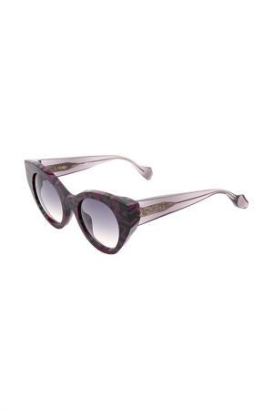 Очки солнцезащитные Fendi. Цвет: розовый