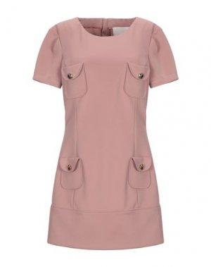 Короткое платье BETTY BLUE. Цвет: пастельно-розовый