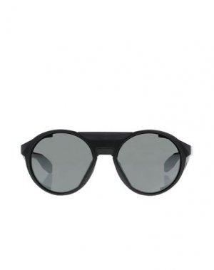 Солнечные очки OAKLEY. Цвет: черный