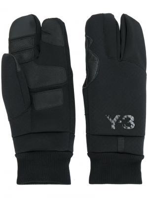 Перчатки с логотипом Y-3. Цвет: чёрный