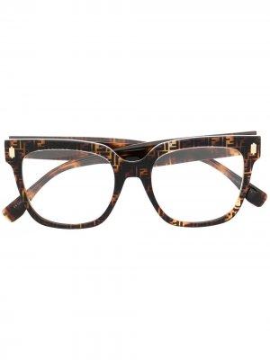 Очки с логотипом FF Fendi Eyewear. Цвет: коричневый