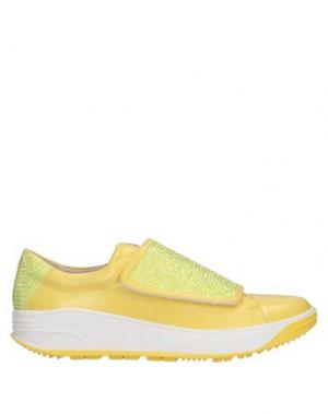 Низкие кеды и кроссовки VDP COLLECTION. Цвет: желтый