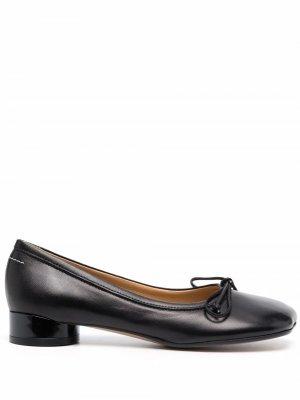 Туфли с принтом MM6 Maison Margiela. Цвет: черный
