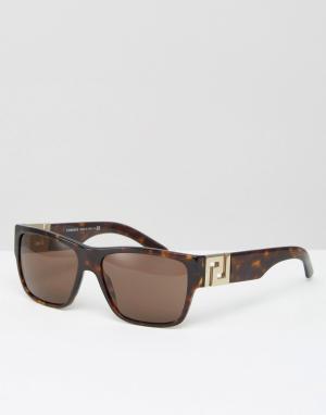 Черепаховые солнцезащитные очки в квадратной оправе Versace. Цвет: коричневый