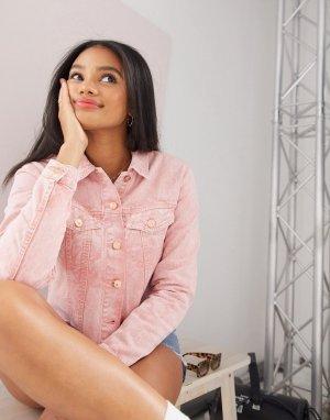 Короткая джинсовая куртка розового цвета с необработанной нижней кромкой -Розовый JDY