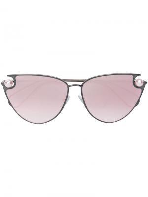 Солнцезащитные очки в оправе кошачий глаз с жемчугом Christopher Kane Eyewear. Цвет: черный