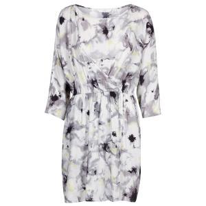 Платье с запахом и рукавами 3/4 NUMPH. Цвет: экрю