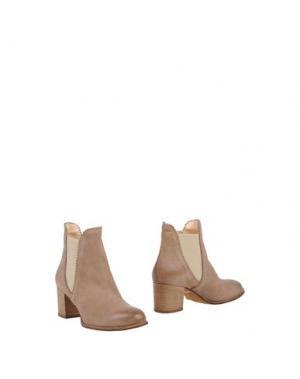 Полусапоги и высокие ботинки PAOLA FERRI. Цвет: светло-коричневый