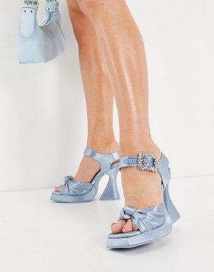 Светло-голубые босоножки на платформе и каблуке  Craft-Голубой Jeffrey Campbell