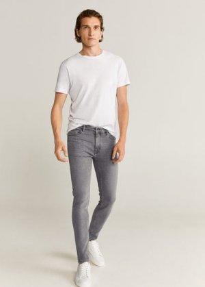 Джинсы-скинни Jude серого цвета - Mango. Цвет: джинсовый серый
