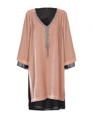 Короткое платье HANITA. Цвет: телесный