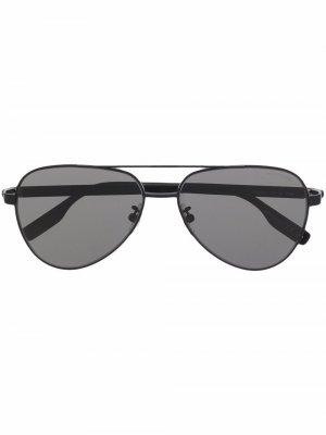 Солнцезащитные очки-авиаторы с затемненными линзами Montblanc. Цвет: черный