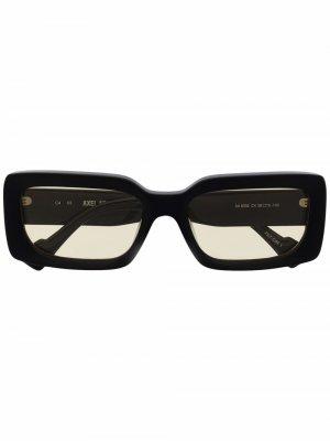 Солнцезащитные очки в прямоугольной оправе Axel Arigato. Цвет: черный