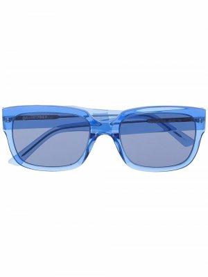 Солнцезащитные очки в квадратной оправе Balenciaga Eyewear. Цвет: синий
