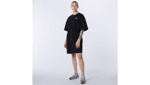 Платья NB Athletics Tee Dress New Balance. Цвет: черный