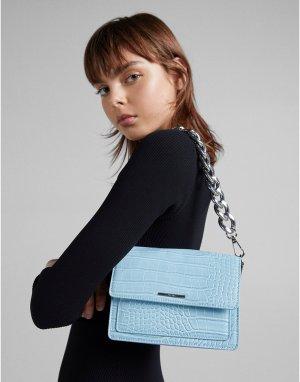 Голубая сумка через плечо с эффектом крокодиловой кожи и массивной цепочкой -Голубой Bershka