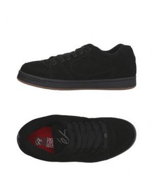Низкие кеды и кроссовки ÉS. Цвет: черный