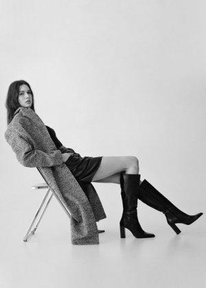 Высокие кожаные сапоги на каблуке - Sofi Mango. Цвет: черный
