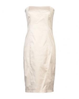 Короткое платье DANIELE ALESSANDRINI. Цвет: песочный