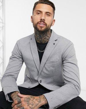 Серый приталенный пиджак Celio